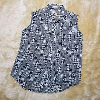 top - black white houndstooth