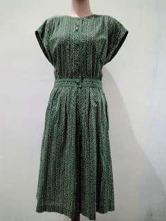 Dress hijau hitam bunga