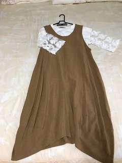 🚚 (含運)MOSSCLUB 卡其拼接裙擺設計連身長裙 贈內搭白上衣