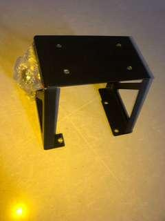 Speedway bracket holder for box to be placed begind
