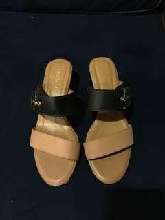 Nine West wedge slides