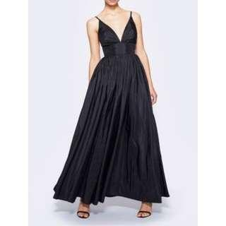 BNWT FAME & PARTNERS BLACK ASTRID DRESS - SIZE 10