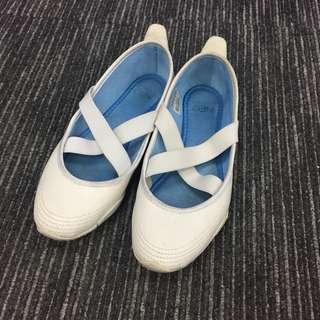 Adidas NEO 芭蕾舞鞋 白色 白鞋 斯文 易襯