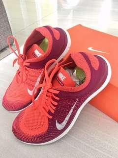 ‼️Repriced- Nike Flyknit Free