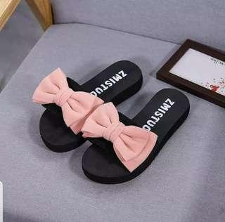Slipper Bow
