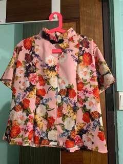 Mandarin collar pink floral top