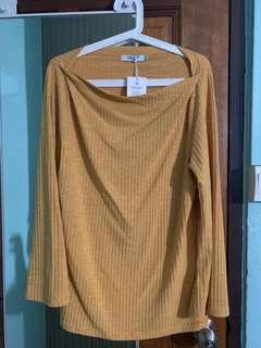 Mustard long sleeve ribbed blouse
