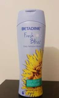Fresh Bliss Feminine Wash 150ml