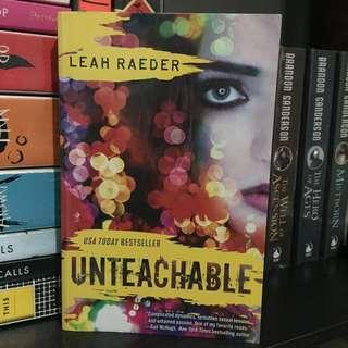 Unteachable (Leah Raeder)