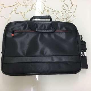 全新ThinkPad防潑水原廠手提肩背兩用防震包