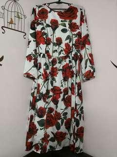 DdG inspired Romantic Floral Dress