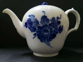 Royal Copenhagen blue white teapot