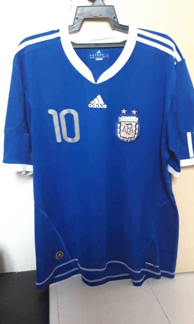 12c11299bbf Argentina away kit Wc2010 Messi 10