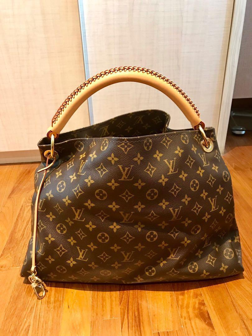 aebb7509feb1 Authentic Louis Vuitton Monogram Artsy MM