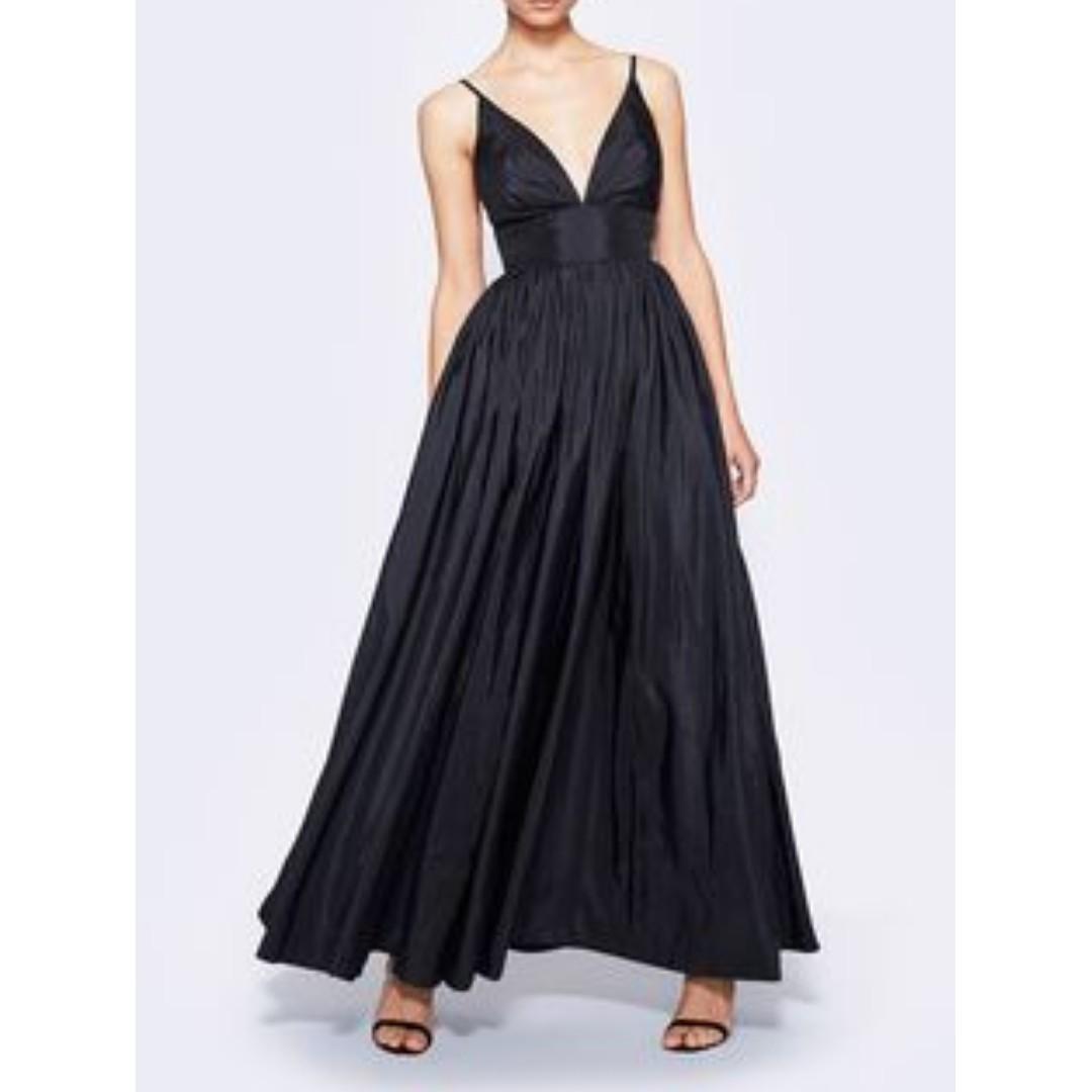 BNWT FAME & PARTNERS BLACK ASTRID DRESS - SIZE 10