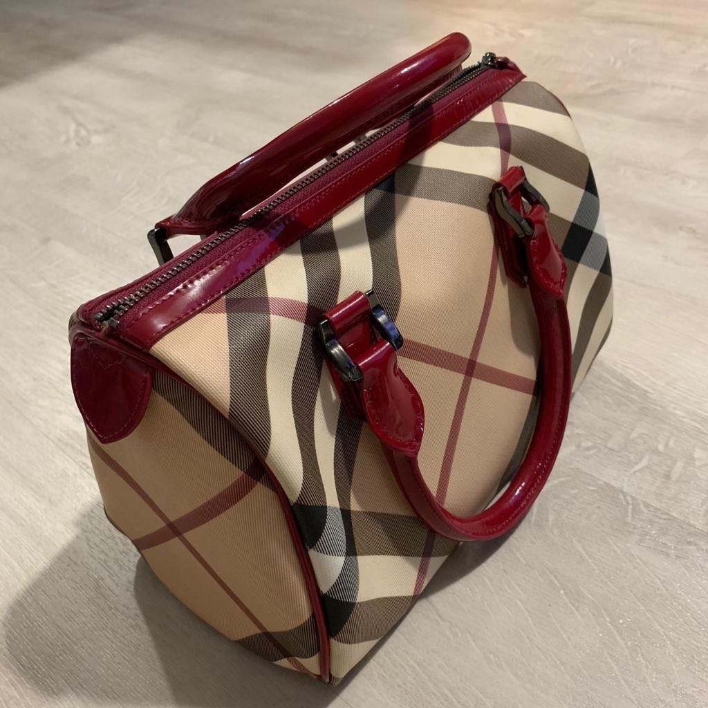 Burberry Nova Check Chester Bowling Bag 807a2c88db089