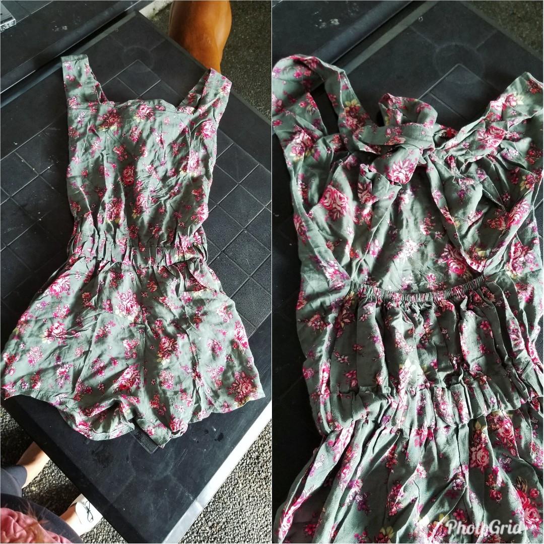 daeb3934991 Floral sexy romper small size