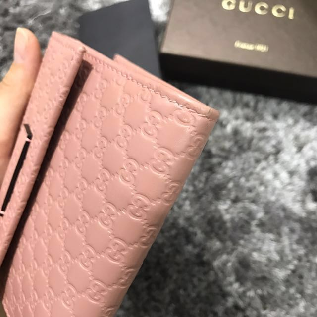14aa78ee088 Gucci pink leather monogram wallet