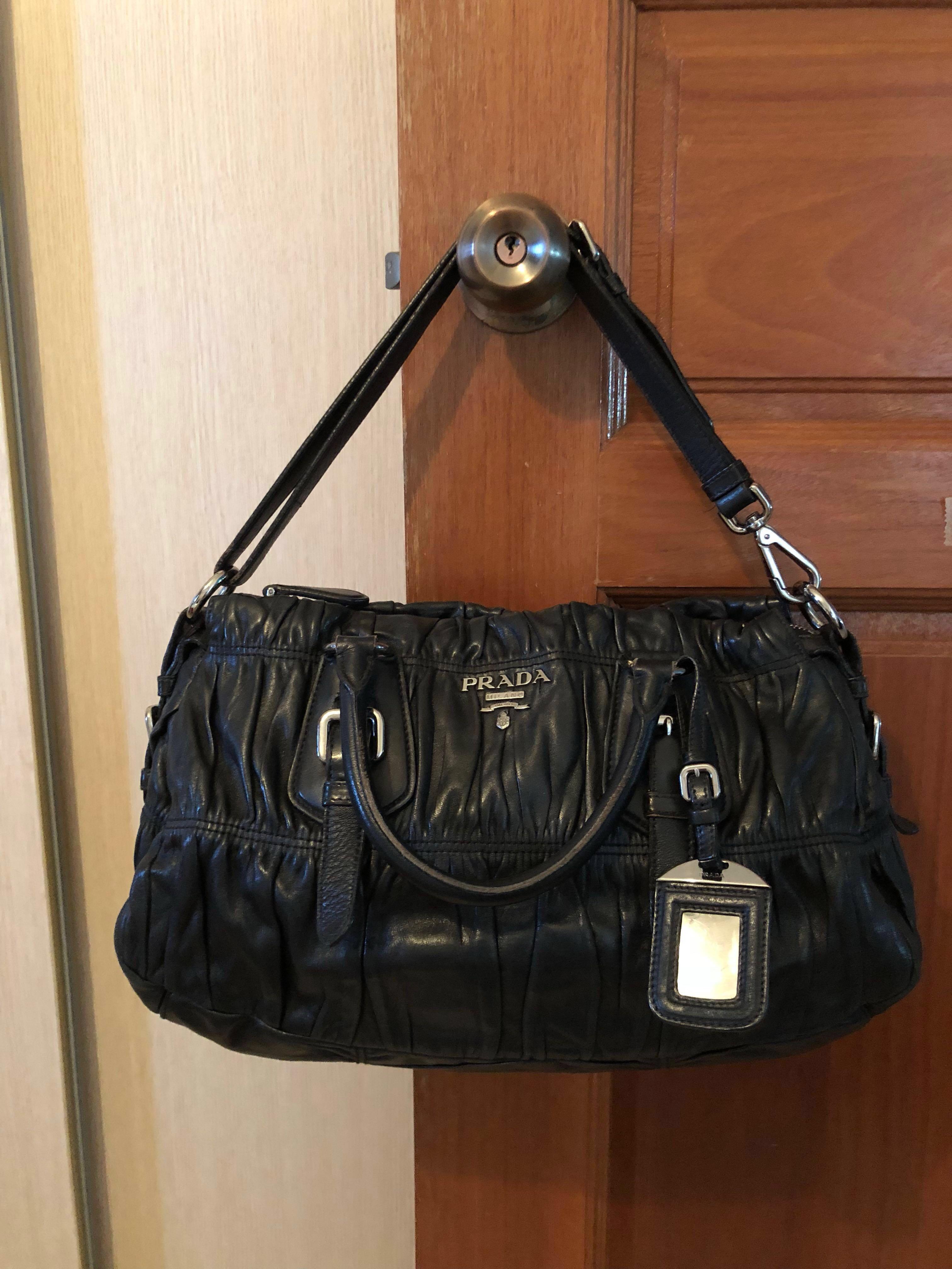 018378e8846e Prada bag