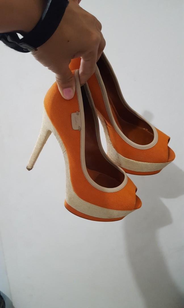Sepatu high heels Pedro orange, Women's Fashion, Women's
