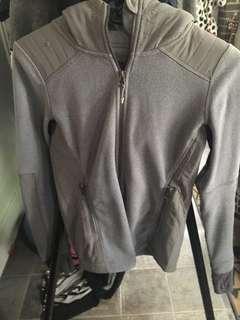 Aritzia Parklife zip hoodie