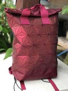 FREE POSTAGE + FREE GIFT!! Adidas 3D Backpack x Issey Miyake | MAROON 2 HANDLER