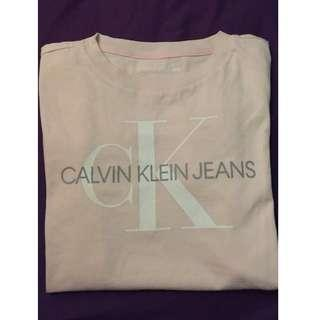Women's Calvin Klein T-shirt