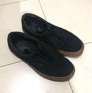 Vans black gum sole