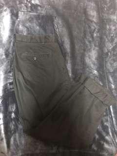 UQ 黑色寬褲