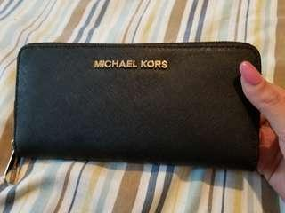 Micheal Kors black safiano leather wallet