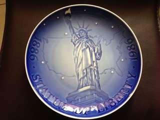 🚚 The Statue of Liberty紐約勝利女神限量發行盤子1986年丹麥製造發行200周年慶珍品收藏