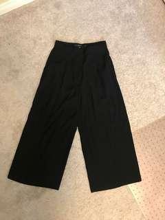 VERO MODA black cropped culottes - size 38