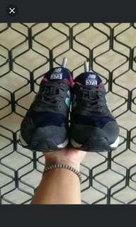sepatu NB 38