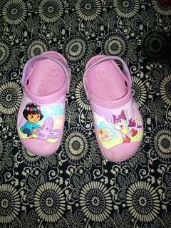 Crocs x Dora
