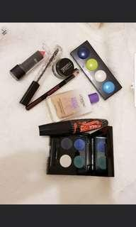 makeup bundle Free with any purchase