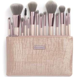 BH Cosmetics Lavish Elegance - 15 Piece Brush Set With Cosmetic Bag