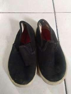 Garanimals Slip on Shoes size 8
