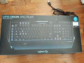 Logitech G910 RGB Mechanical Keyboard