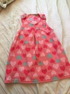 🚚 Lativ粉桃紅愛心絨布背心裙110cm