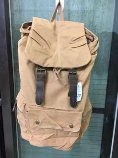 🚚 (MiQi)《出清價》全新出清品-沐川#2105卡其色後背包