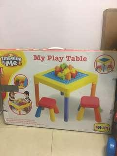 Imagine me the play table (LEGO)