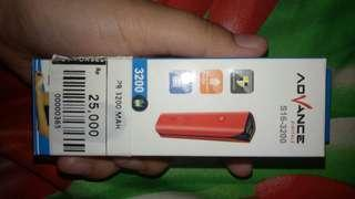 Power Bank Advance Warna Putih 3200 Mah
