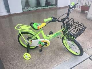 "16"" 4 wheel bicycle"