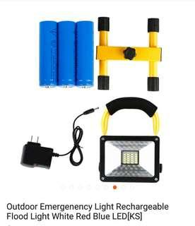 *30w super bright LED flood light  *4mode high/Low/red & blue *3pcs rechargeable battery 18650 3700mah 3.7v *2pin charging cable