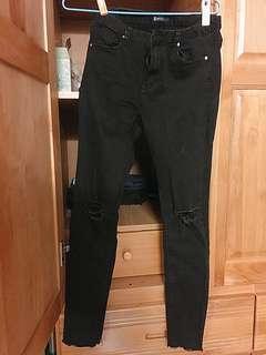 刷破顯瘦黑褲