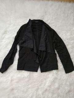 Preloved cardigan layer hitam the executive