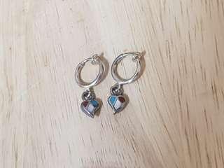 🚚 925純銀彩貝愛心造型耳環(夾式)