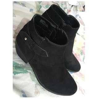 Forever 21 Black Suede Boots