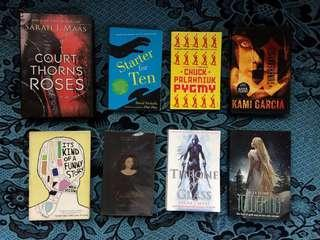 BEST-SELLER YA BOOKS, HARDCOVERS & PAPERBACKS