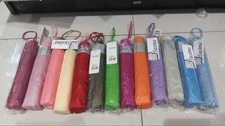 Payung warna warni